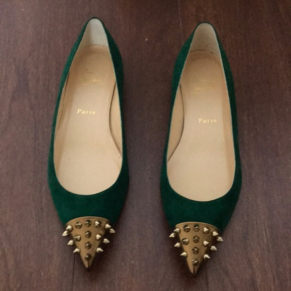 c6c269c8a87 Emerald green geo flat never worn